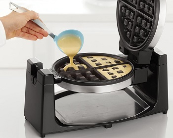 BELLA Waffle Maker Review