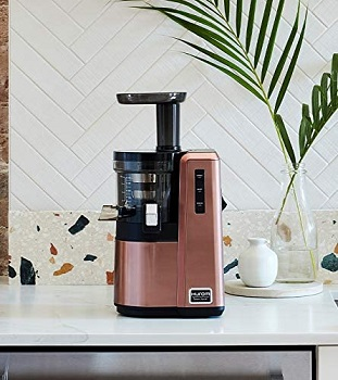 Hurom Slow Juicer Review