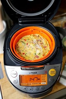 Tiger JKT-S10U-K Cooker