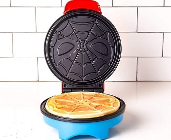 Marvel Spiderman Waffle Maker Review