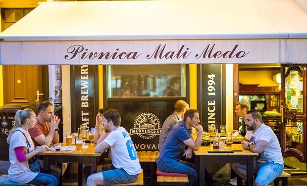 Top Street Foods in Zagreb - Pivnica Mali Medo