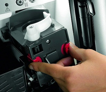 De'Longhi Magnifica Coffee Machine
