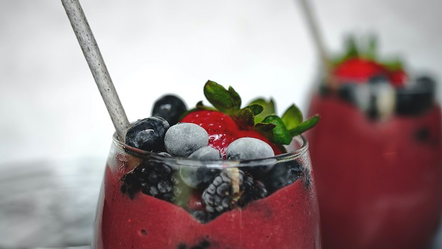 Healthy & Nutritious Snacks Ideal For Late Summer Days - Smoothies